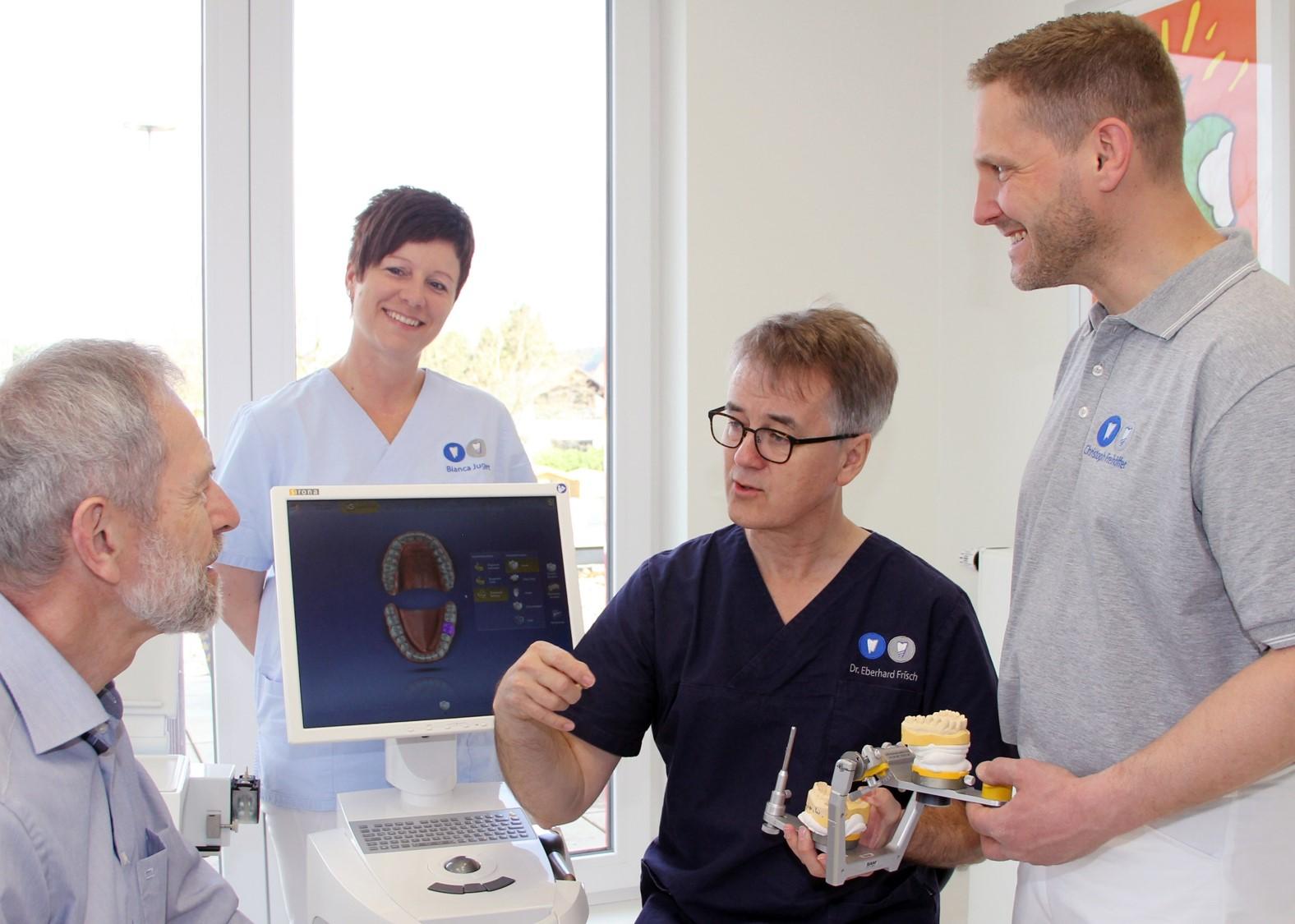 Implantologe in Kassel Dr. Frisch